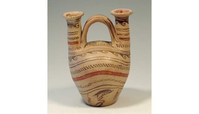 <p><em>Askos</em>, cultura griega, siglo&nbsp;III&nbsp;a. C., 22,8&nbsp;&times;&nbsp;16,4&nbsp;cm, Daunia (Italia)</p>