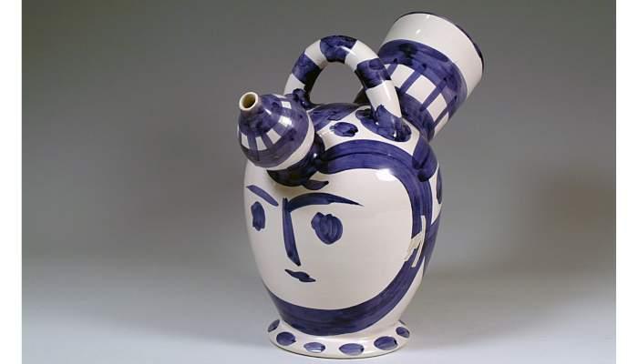 "<p><strong><span style=""font-weight: 400;"">C&agrave;ntir &laquo;cap femen&iacute;&raquo;, Pablo Ruiz Picasso, 1952, 32,5&nbsp;&times;&nbsp;38&nbsp;cm, Val&agrave;uria (Fran&ccedil;a)</span></strong></p>"