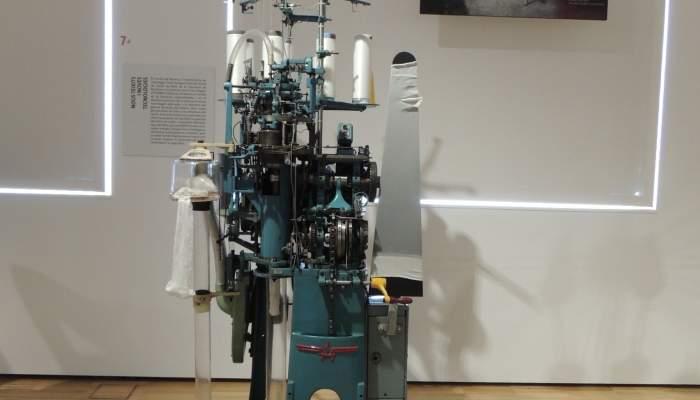 <p><strong>Telar circular para la fabricaci&oacute;n de medias</strong></p> <p>1965</p> <p>Albo, S.A. (Matar&oacute;)</p> <p>Foto: Museu de Matar&oacute;</p>