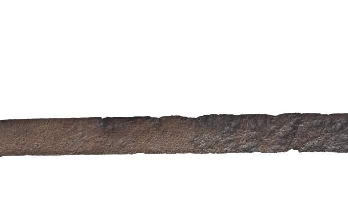 "<p><strong><span style=""font-weight: 400;"">Espasa de fulla recta procedent de la necr&ograve;polis de la Pedrera (Vallfogona de Balaguer - T&eacute;rmens).</span></strong></p>"