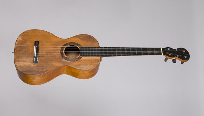 <p>Guitarra MDMB 12157&nbsp;&copy; Eduard Selva</p>