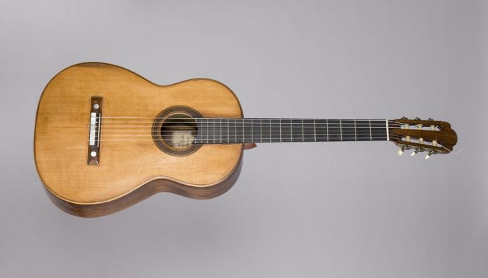 <p>Guitarra Antonio de Torres Jurado (Sevilla), 1859. &copy; Rafael Vargas</p>