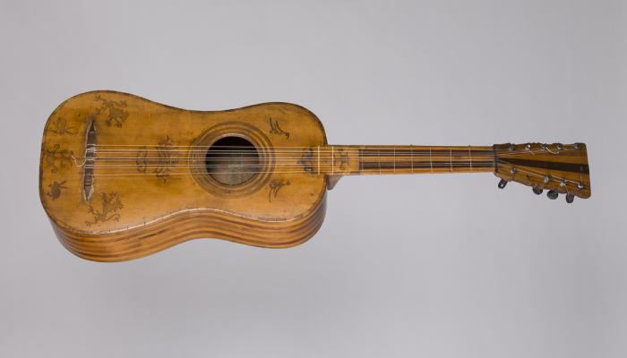 <p>PEU DE FOTO Guitarra barroca, anomenada Guitarra dels Lleons (Espanya), c. 1700. &copy;&nbsp;Museu de la M&uacute;sica. Foto: Rafael Vargas</p>