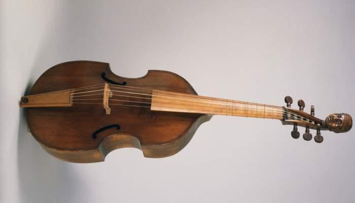 <p>Viola da gamba MDMB 412 &copy;Gabriel Serra</p>
