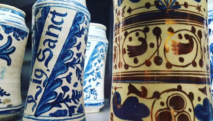 8.3. Pharmacist's jars