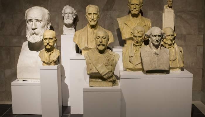 <p>Ensemble photograph of male heads. Museum of La Garrotxa</p>