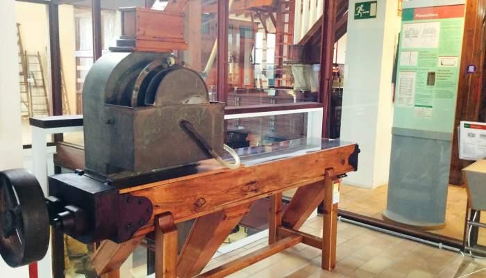 """<p>La S&iacute;nia de l'antiga Farinera """"Sant Salvador"""" de Figueres.</p>"""