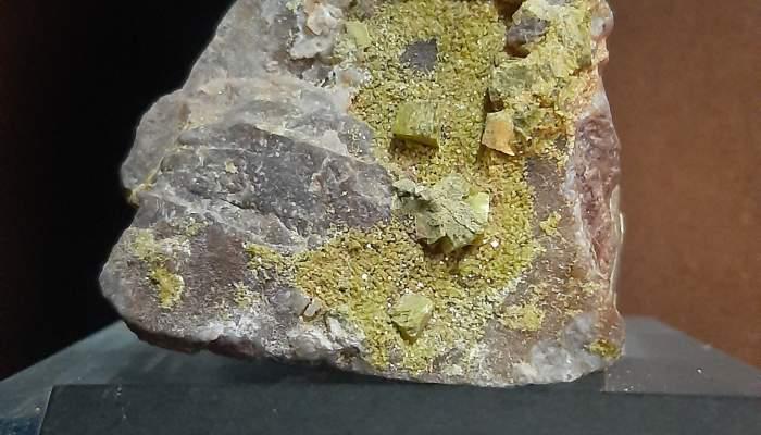 <p><em>Uranocircite</em>, Arenys de Mar Museum, inventory no, 9208.</p>